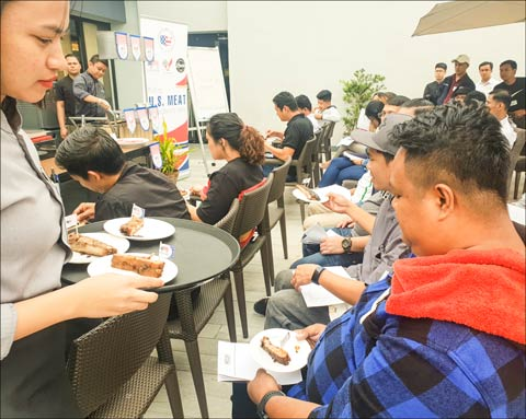 Chefs participating in the U.S. red meat application seminar in Pampanga, the Philippines, sampled U.S. pork, beef and lamb dishes after learning about the quality and availability of U.S. red meat
