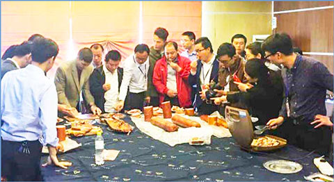 A USMEF training session conducted for COFCO Foods in China included demonstrations on defrosting frozen U.S. pork, manufacturing examples and tasting samples of processed U.S. pork products