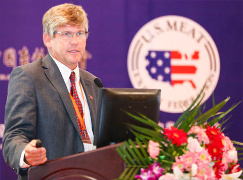 NPB President Terry O'Neel, a producer from Friend, Nebraska, presents during the China Swine Industry Symposium