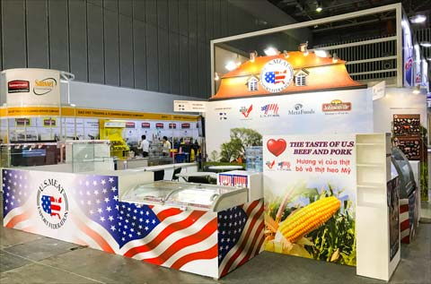 The taste and quality of corn-fed U.S. beef and pork were highlighted at the USMEF display