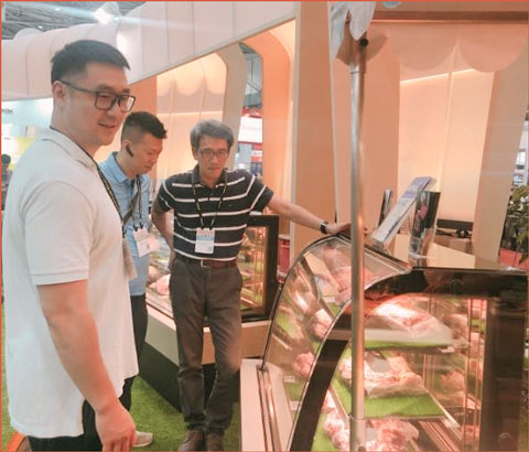 The USMEF booth at Food Taipei featured displays of U.S. beef alternative cuts, with USMEF staff on hand to answer questions
