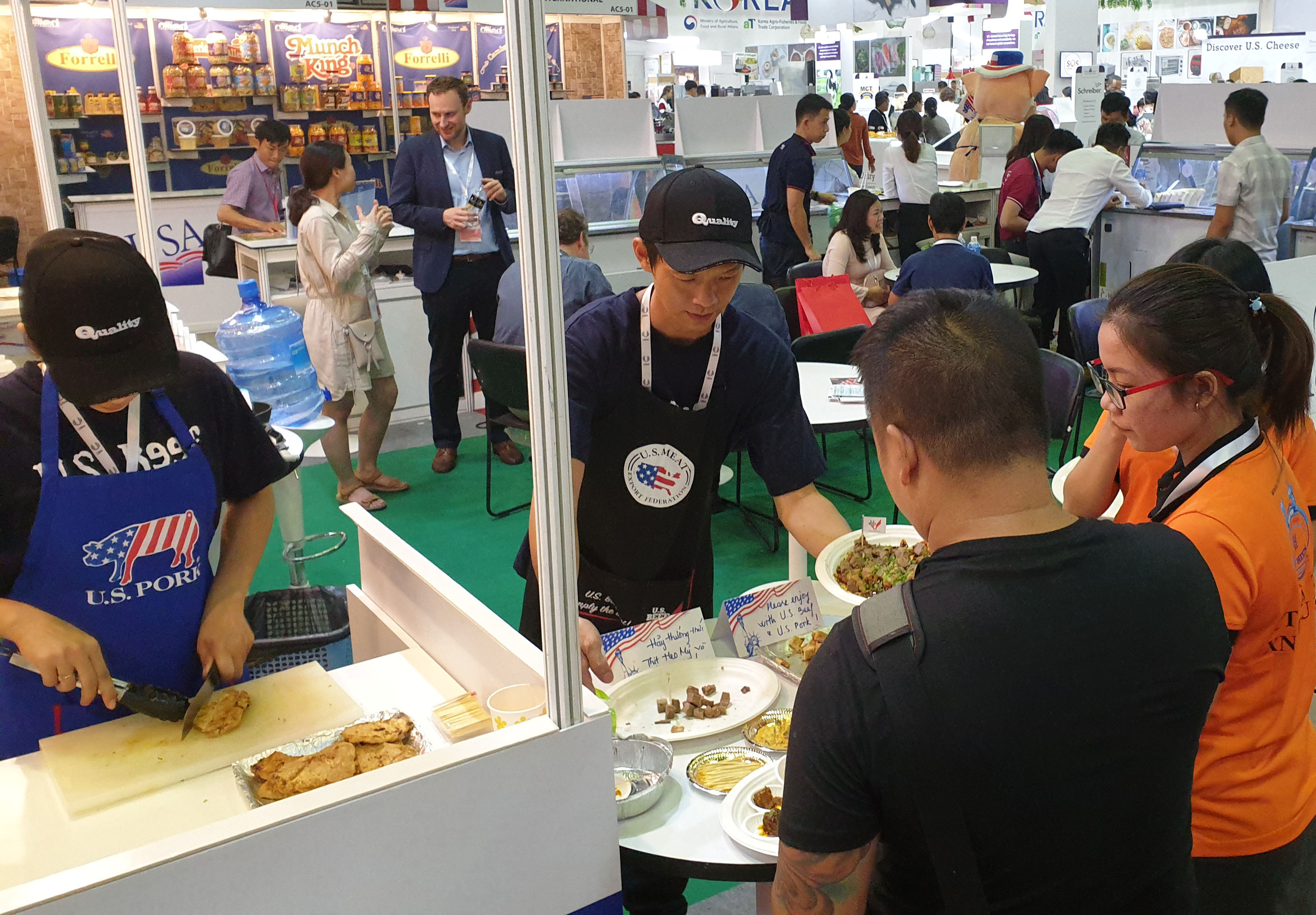 The USMEF booth at Food and Hotel Vietnam offered tasting samples of U.S. pork and beef, as well as information about the advantages of U.S. red meat over competitors' products