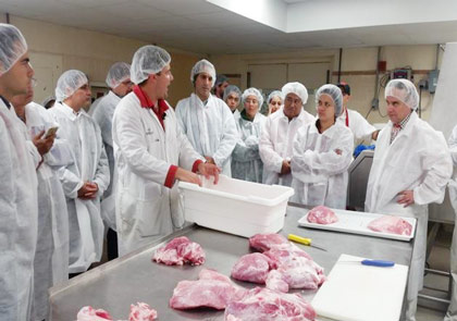 Companies participating in USMEF's first Global Further Processing Seminar received an overview of the U.S. beef and pork industries and valuable information about the uses for various cuts