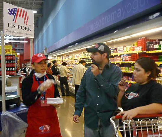 HEB customers sample U.S. pork in Monterrey, Mexico