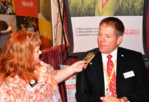 Jody Heemstra of Red River Farm Network interviews USMEF Chairman Mark Jagels at NAFB Trade Talk
