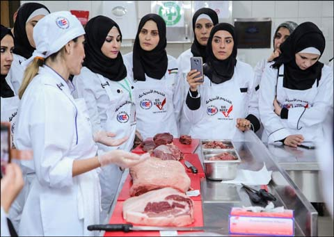 Jordanian women learn about cutting and cooking U.S. beef in a workshop conducted by USMEF in partnership with the Jordanian Chefs Association