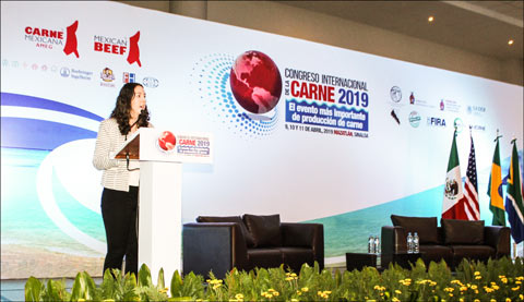 USMEF Trade Analyst Jessica Spreitzer discusses global red meat production and trade at the Mexican Cattle Feeders Association International Meat Congress in Mazatlán, Mexico