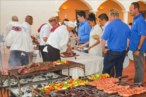 At a closing reception, USMEF Latin American Product Showcase participants enjoyed a selection of beef and pork cuts at DOS MUNDOS RESTAURANT in Santo Domingo