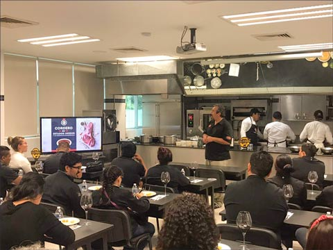 U.S. lamb seminars held in Cancun included information about various cuts available in the Mexico market, along with new menu ideas