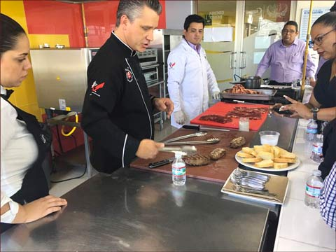 USMEF Chef Pablo Lou demonstrates different ways to prepare U.S. beef during a cutting and cooking seminar in Panama City