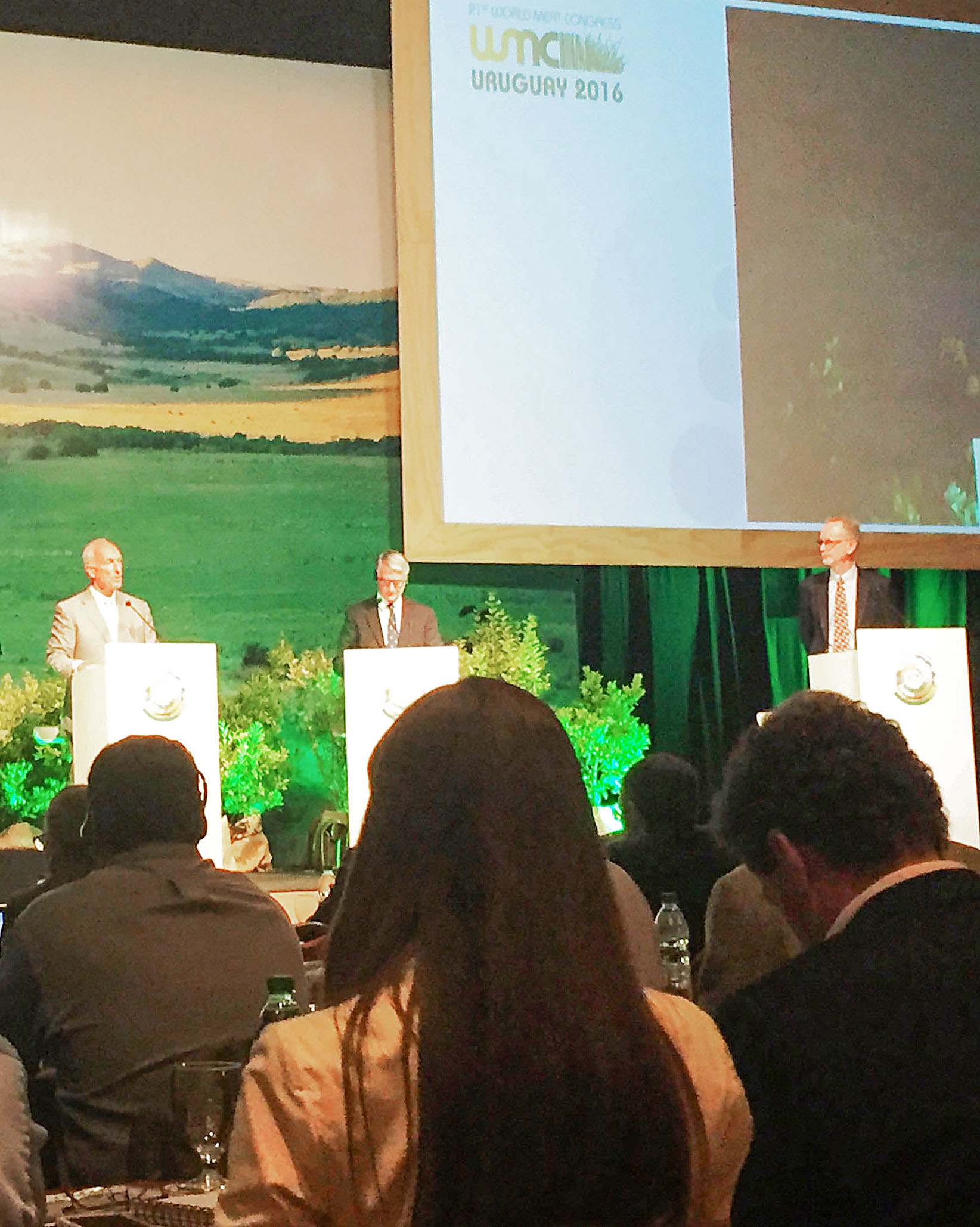 USMEF President and CEO Philip Seng, left, addresses the audience at World Meat Congress 2016 in Uruguay
