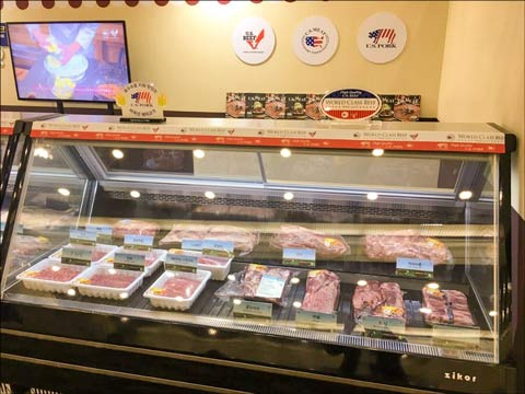 USMEF displayed both frozen and chilled U.S. pork and beef during the exhibition