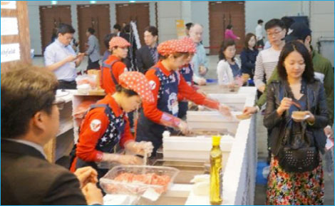 Tasting samples of U.S. beef, pork and processed pork products were given to visitors