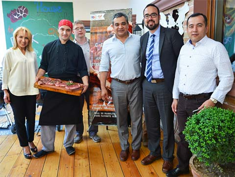 "HRI managers in Tashkent gather with Yuri Barutkin at the launch of ""Days of American Steak"""