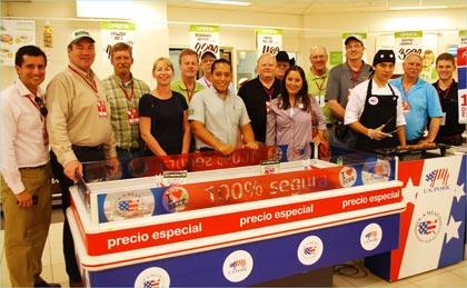 Market Expo participants observe Peru's first-ever retail promotion of U.S. pork in Lima's Tottus supermarkets
