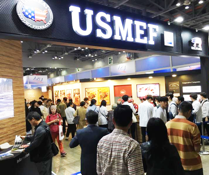 The USMEF display area at Seoul Food was busy with customers and potential customers of U.S. pork and beef