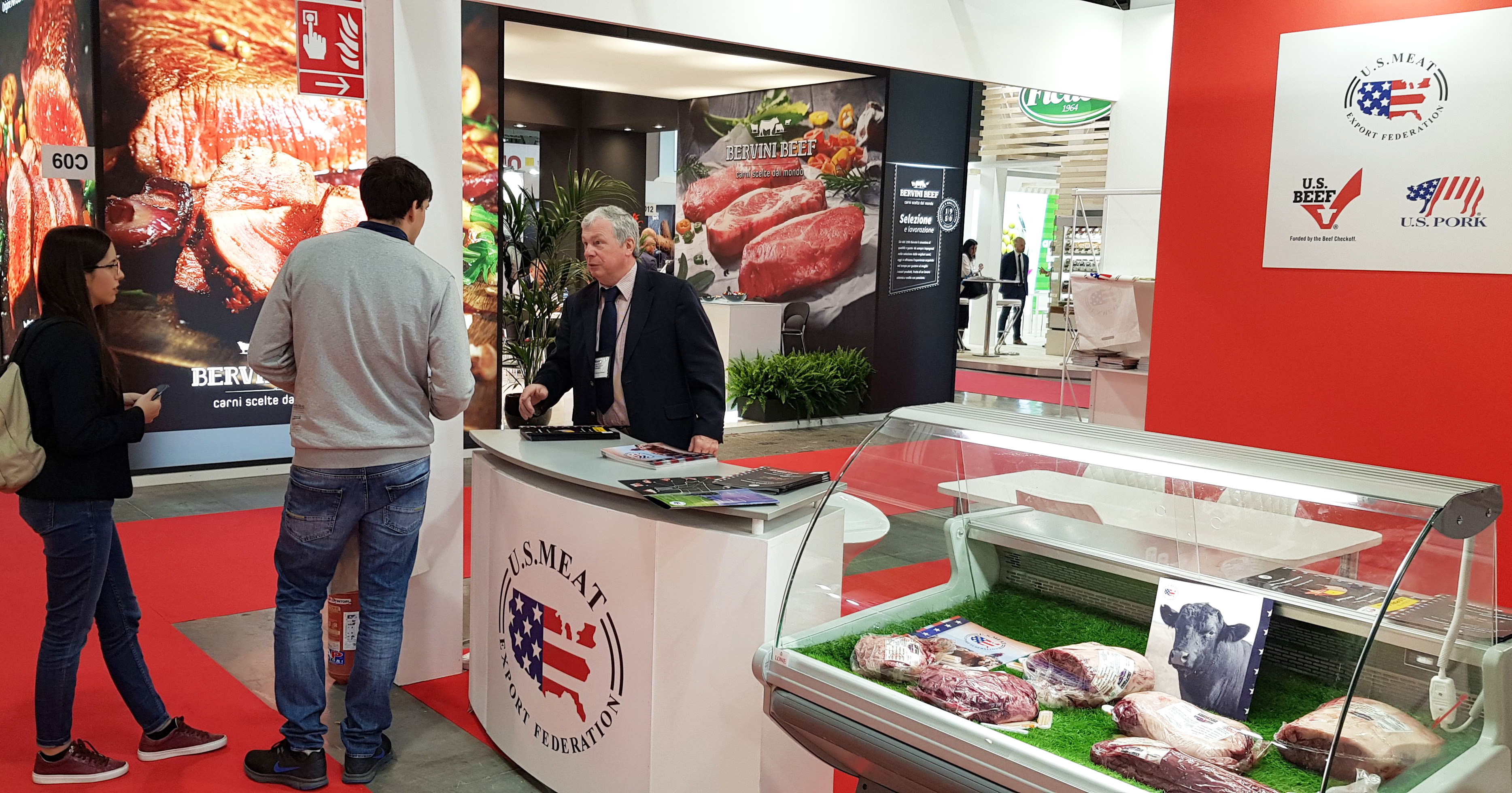 Monty Brown, USMEF representative in the European Union, answers questions from visitors to the TUTTOFOOD show in Milan, Italy